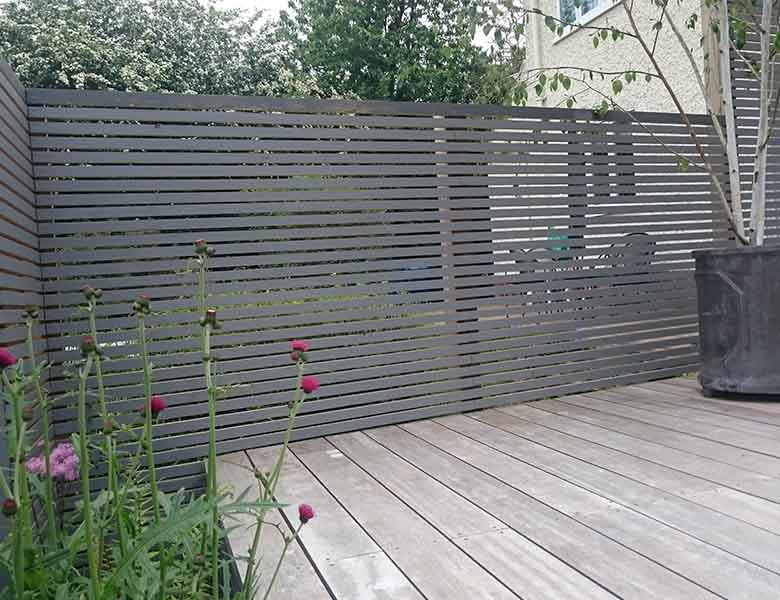 slatted contemparary fencing
